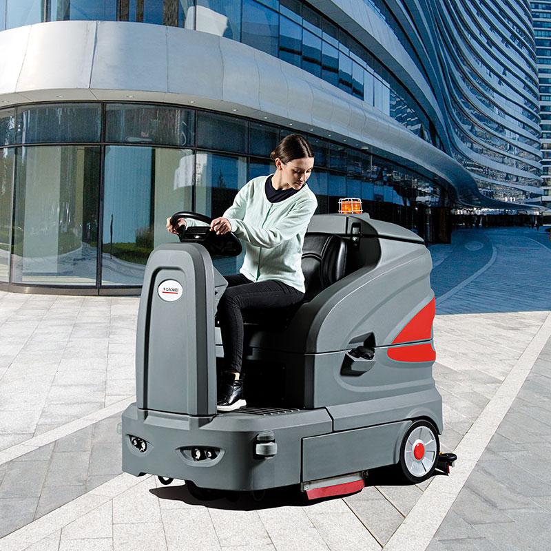 驾驶式新版亚博体育app下载_高美驾驶式洗地车S-160